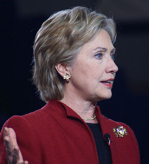 544px-Hillary_Clinton_2007-3_cropped